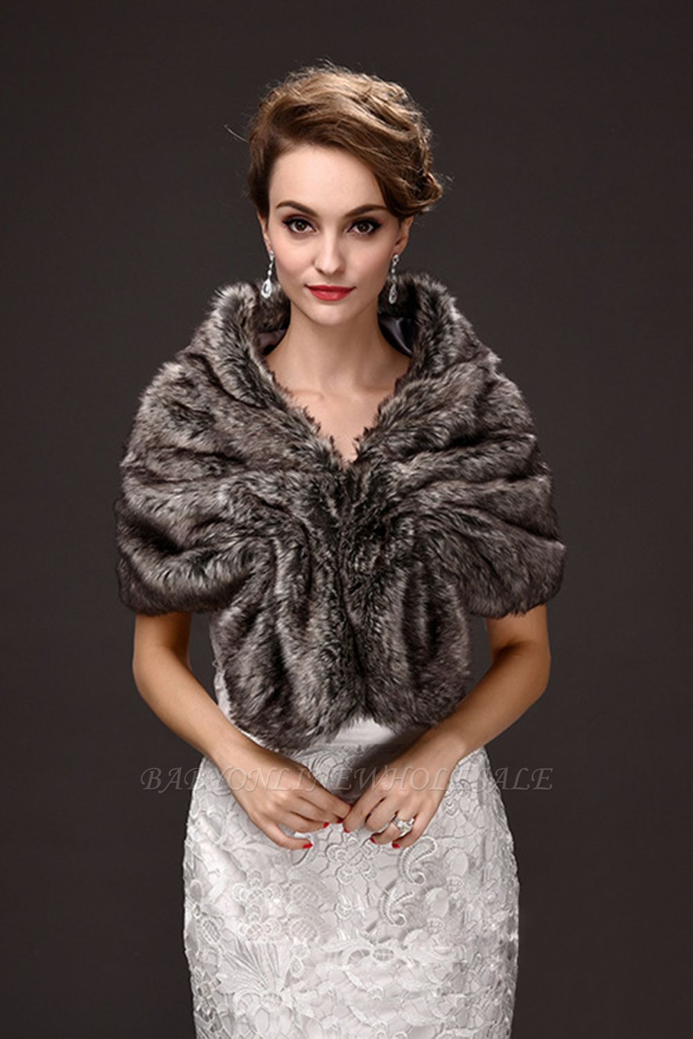Fashion Warm Ruffle Tulle  Silver Half-Sleeves Casual Wraps