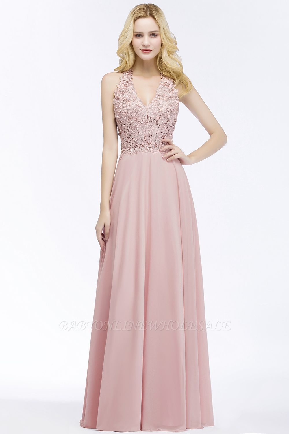 275efb5f955 All the trendy prom dresses are made purely by the experienced tailors