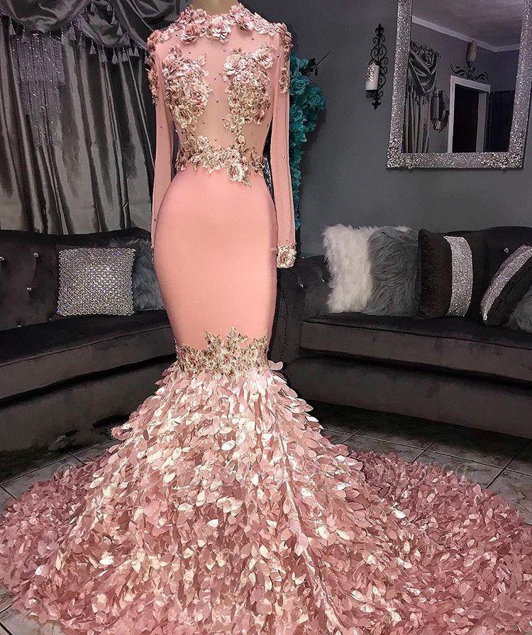 Superbe col rond fleur manches longues paillettes robes de bal sirène