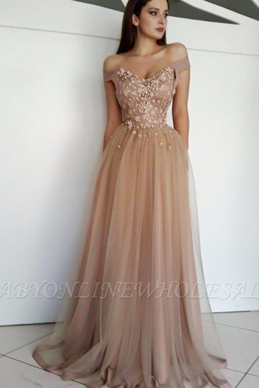 Charming Appliques A-Line Tulle Off-the-Shoulder Floor-Length Evening Dress