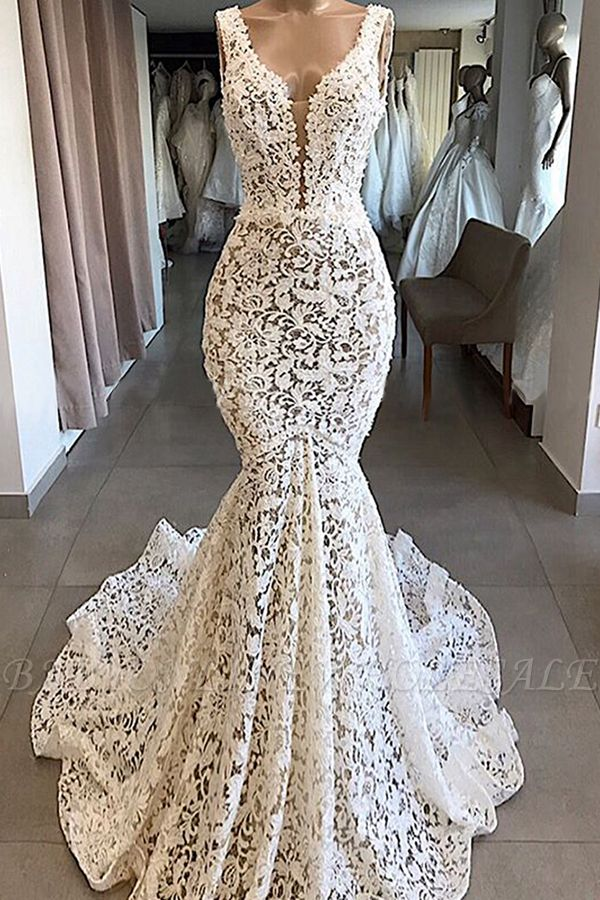 Luxury Plunging V-neck Mermaid Lace Wedding Dresses   Romantic Bridal Gowns for Garden Wedding