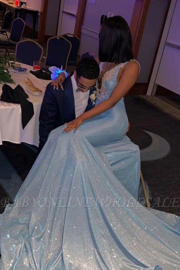 Ärmellose V-Ausschnitt applizierte Court Train Mermaid Long Prom Kleider