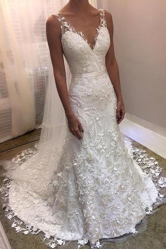 Vestido de novia blanco sirena sin mangas con cuello en V y cola de corte