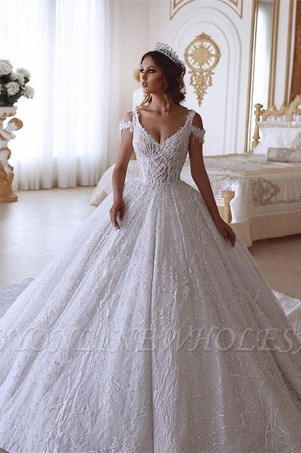 Traditional Ball Gown V-neck Cold-Shoulder White Lace Wedding Dress