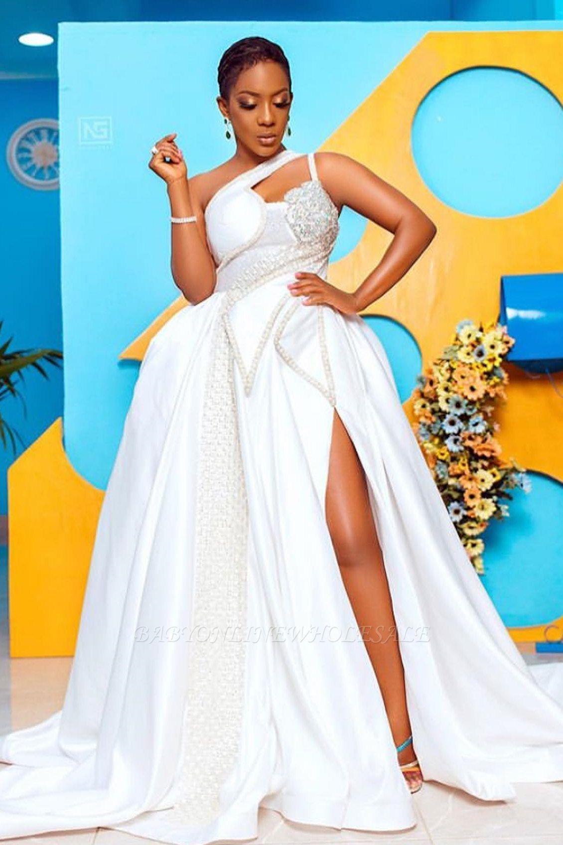 ارتفاع أزياء واحدة في الكتف ثقب المفتاح الكرة بثوب فستان الزفاف الدانتيل