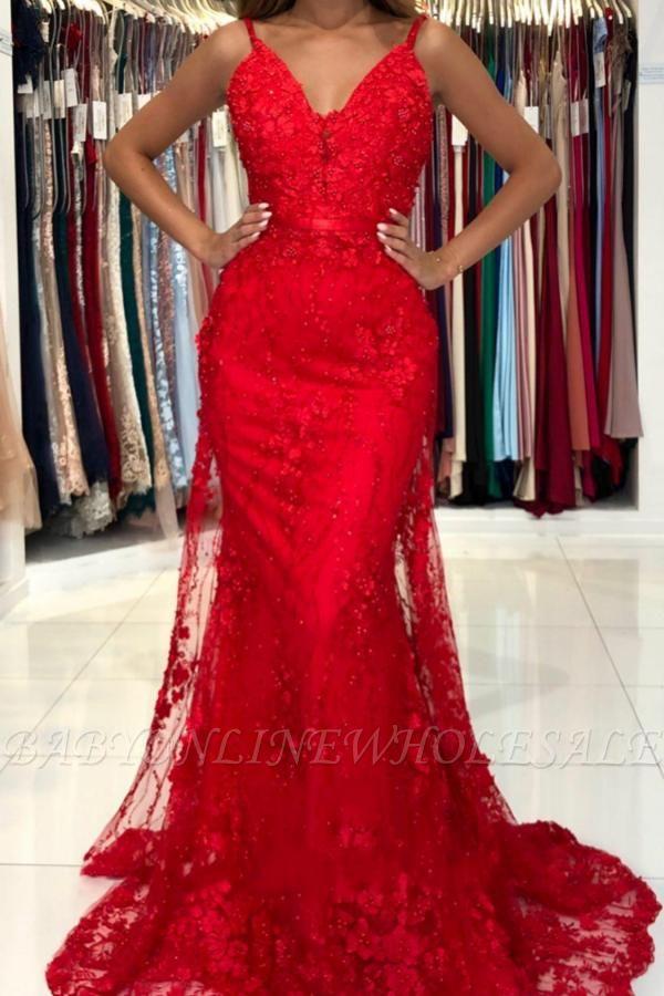 Atemberaubendes Meerjungfrau-Abendkleid mit V-Ausschnitt in Rot mit Spitzenapplikationen