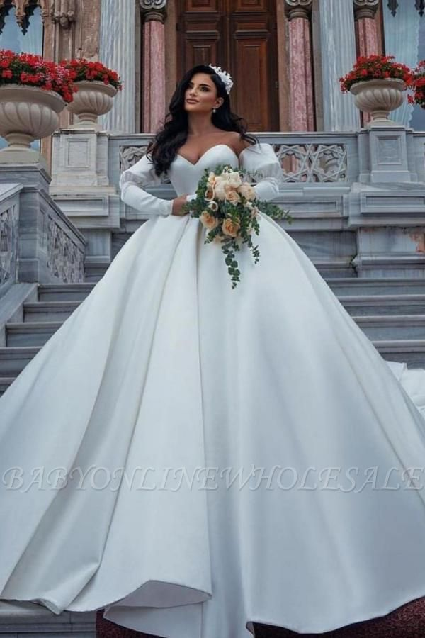 Stunning Sweetheart Puffy Sleeves Wedding Dress with cathedral Train