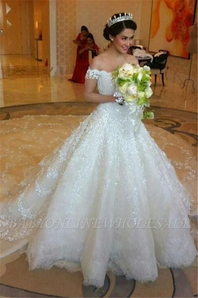 Latest Off Shoulder White Ball Gown Wedding Dress Popular Lace Court Train Bridal Gowns
