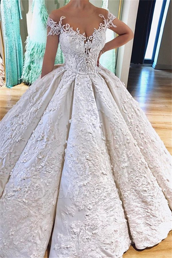 Luxury Off the Shoulder V-Neck Lace Appliques Ball Gowns Wedding Dress