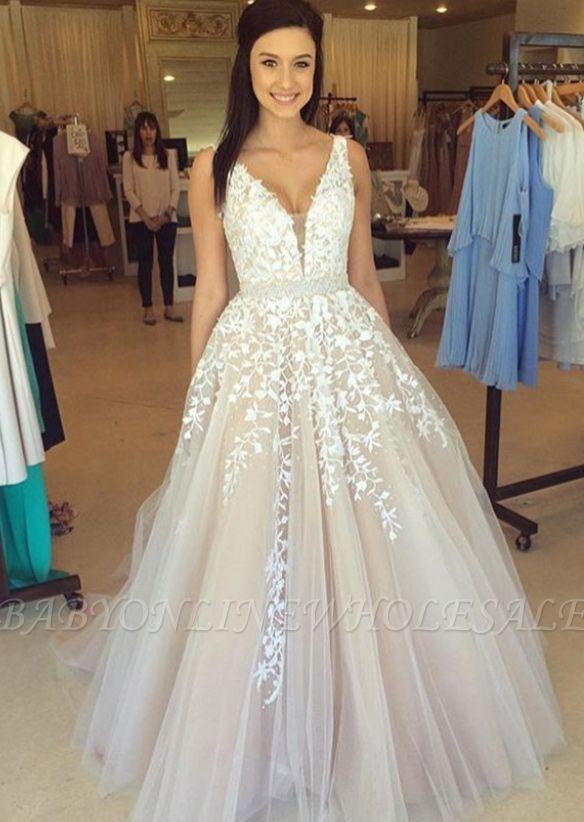 Precioso vestido de noche con cuello en V sin mangas apliques de encaje de tul en línea BA3252