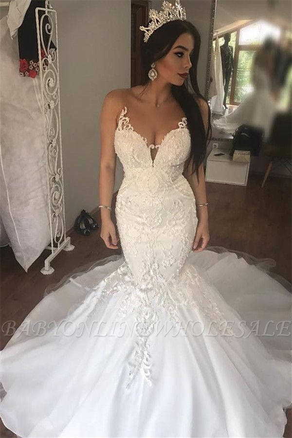 Gorgeous Lace Mermaid Sleeveless Buttons Long Wedding Dress