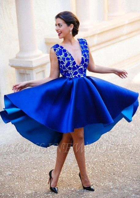 New Arrival V-Neck Royal Blue Short Homecoming Dress Sleeveless Lace Cocktail Gowns