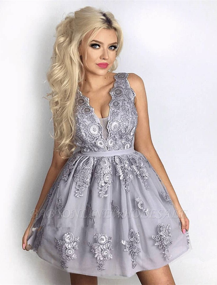 Delicate Lace Appliques V-neck Short Homecoming Dress