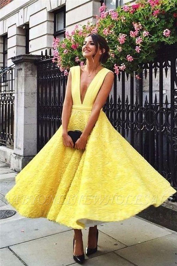 Sexy Gelbe Abendkleider Tief V-Ausschnitt   Schlichte Abendkelider A-Linie