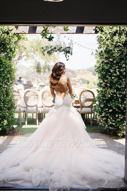 Sexy Mermaid Open Back Wedding Dresses New Lace Bridal Gown with Long Train