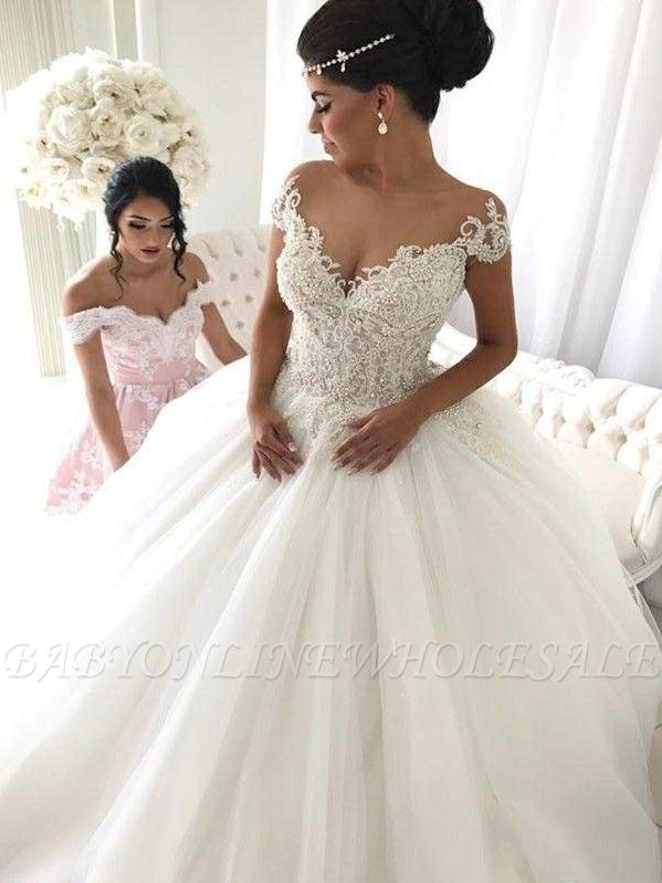 Elegantes vestido de boda con mangas del casquillo | con cuello en V fuera del hombro