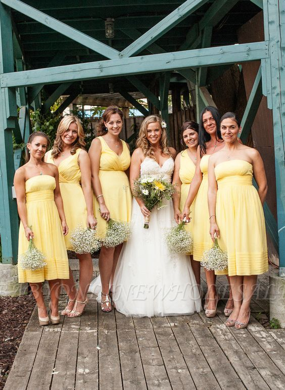 Cheap Straps Or Strapless Yellow Short Bridesmaid Dresses