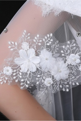 Cute Tulle /Lace White Sleeveless Wedding Wraps with Appliques_4