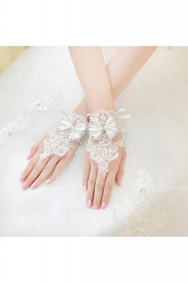 Special Lace Fingerless Wrist Length Wedding Gloves with Appliques