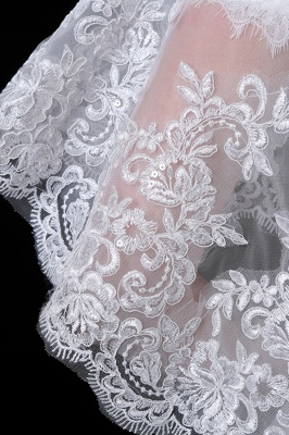 Tulle /Lace White Sleeveless Wedding Wraps with Appliques_4