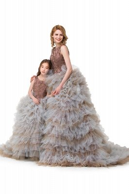 HEAVEN  Ball Gown Court Train Jewel Sleeveless Tulle Embroidery Mother Daughter Dresses_8