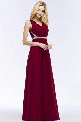 ROSALINE | Robe de demoiselle d'honneur A-ligne sans manches à col en V à volants avec bretelles perlées_5