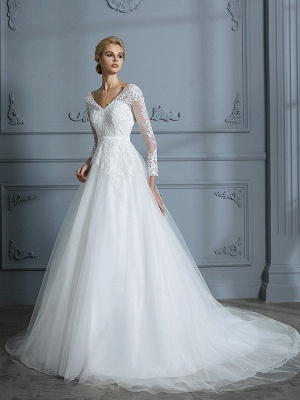 V-neck Long Sleeves Ball Gown Lace Tulle Court Train Wedding Dresses
