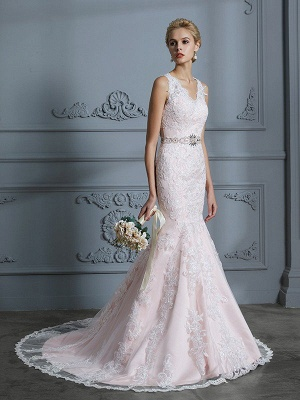 Sleeveless Mermaid V-neck Applique Court Train Tulle Wedding Dresses