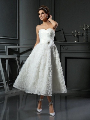 A-Line Sweetheart Sleeveless Short Satin Wedding Dresses with Bowknot_1