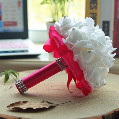 باقة الزفاف من الحرير الأبيض مع مقابض ملونة_6