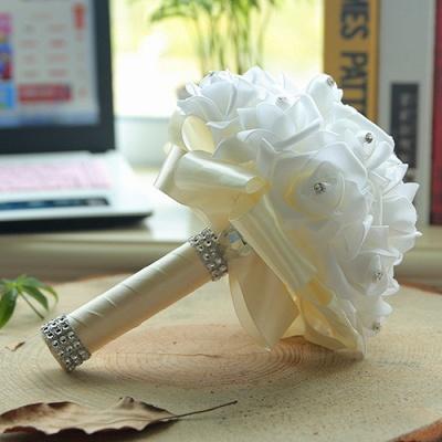 باقة الزفاف من الحرير الأبيض مع مقابض ملونة_2