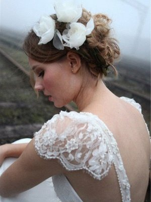 Chiffon A-Line Sleeveless V-neck Floor-Length Lace Wedding Dresses_4