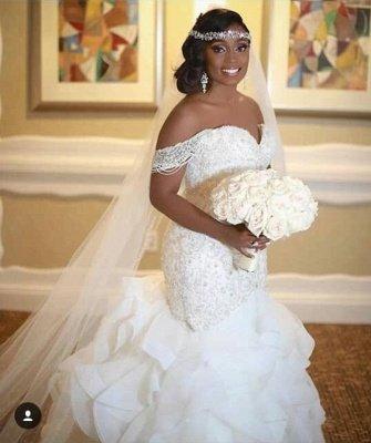 Elegant Off-the-Shoulder Appliques Sleeveless Mermaid Lace Wedding Dress