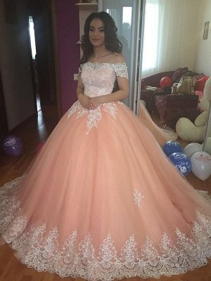 Elegant Off-the-Shoulder Appliques Ball Gown Tulle Sweep Train Prom Dresses_1