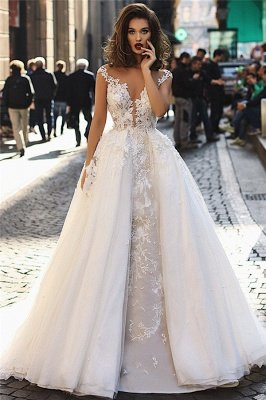 Charming Cap Sleeves V-Neck Appliques Ball Gown Tulle Wedding Dresses