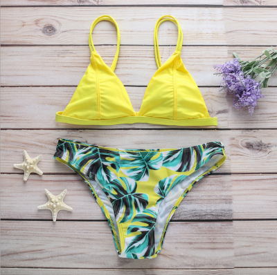 Women Triangle Floral Print Bikini Set_5