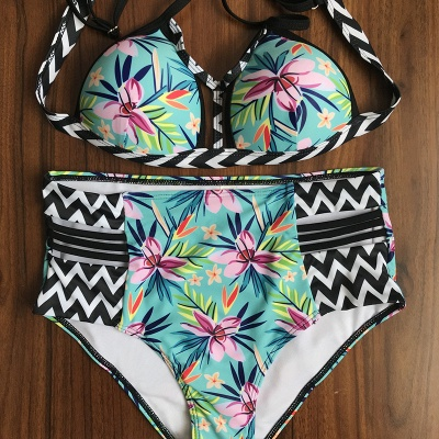 Floral Printed Wireless Padded Straps Bikinis_8