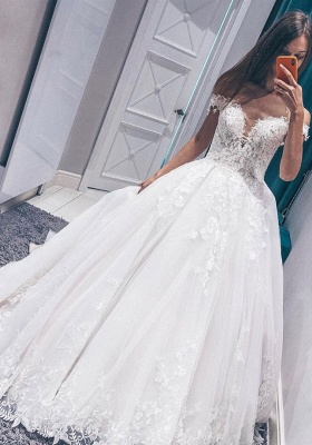 Exquisite Off the Shoulder Sleeveless White Wedding Dress | Fantastic V Neck Lace Long Bridal Gown_1