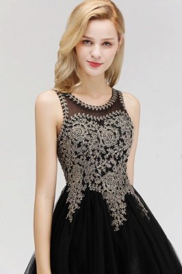 Cute Crew Neck Puffy Homecoming Dresses with Lace Appliques | Beaded Sleeveless Open back Black Teens Dress for Cocktail_8