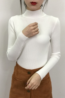 Fitted Top in a fine-knit viscose blend   Long Sleeves Round Neckline Sweater_17