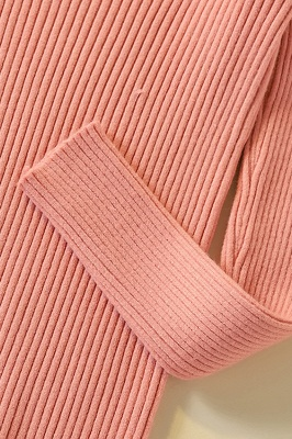 Soft V-neck fitted knit sweater with dropped shoulders with ribbing at cuffs and hem_19