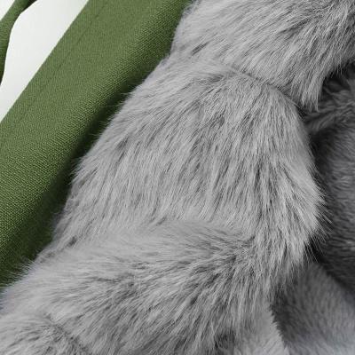Manteau long garni de fausse fourrure noire   Manteau chaud en fourrure à capuche bordeaux / noir / gris Col châle_49