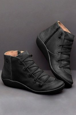 Teens Medieval 1950s Retro Leather Boots with Braided Strap Flat