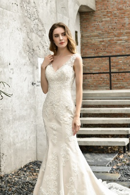 Stunning Sleeveless Fit-and-flare Lace Open Back Summer Beach Wedding Dress_11