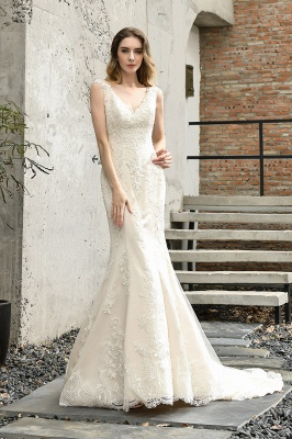Stunning Sleeveless Fit-and-flare Lace Open Back Summer Beach Wedding Dress_1