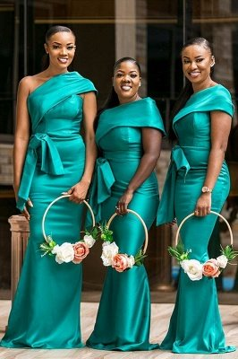 Elegant One-Shoulder Green Sweep Train Bridesmaid Dress With Belt Decoration | Green Long Length Gowns_1