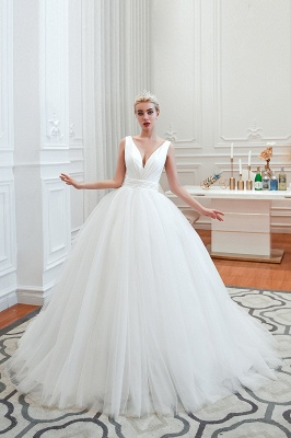 Sexy V-neck sleeveless White Princess Spring Wedding Dress | Elegant Low Back Bridal Gowns with Belt_14