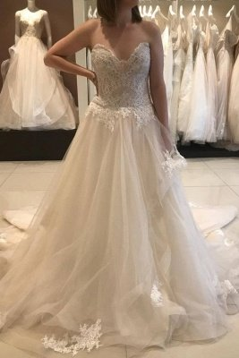 Casual Chapel Train Sweetheart Princess Lace Wedding Dress with Romantic Tulle Skirt