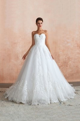 Cindy Cinthia | Elegant Sweetheart White Wedding Dress for Simple Beach Theme, Long Ball Gown for Bridal Party