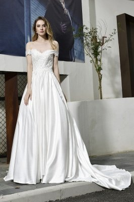 Beautiful Backless Off the Shoulder Sweetheart White Fall/Winter Wedding Dress